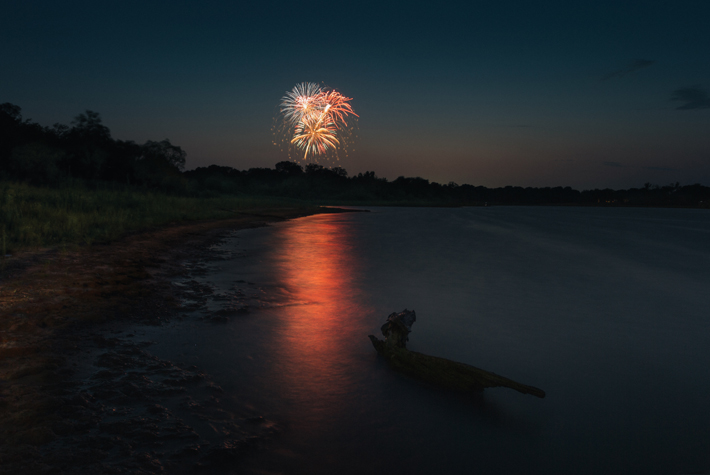 Fireworks_2013_Lake_Dallas_Texas-